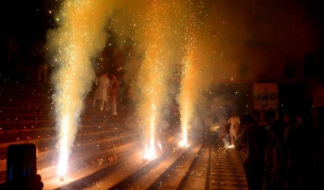 चंडीगढ़ प्रशासन ने पटाखों की बिक्री, इस्तेमाल पर प्रतिबंध लगाया