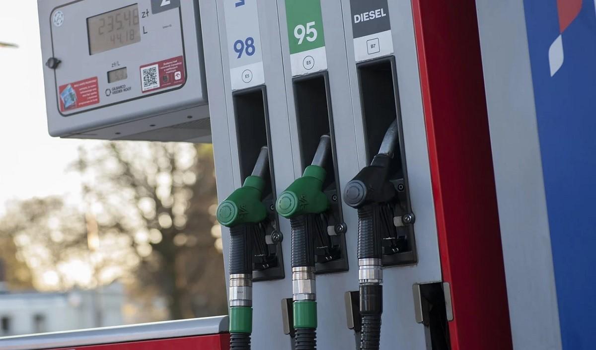 फिर महंगा हुआ पेट्रोल-डीजल, जानें अपने शहर का रेट