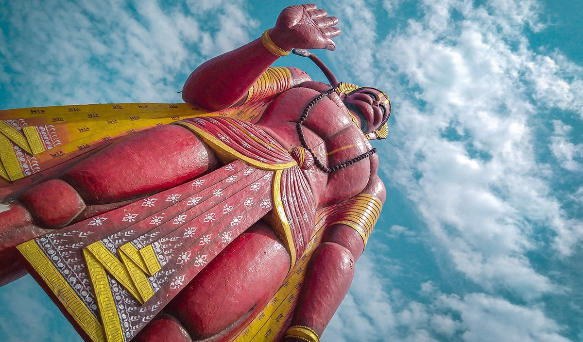 Gyan Ganga: क्या सुरसा ने देवताओं की प्रेरणा से हनुमानजी का रास्ता रोका था?