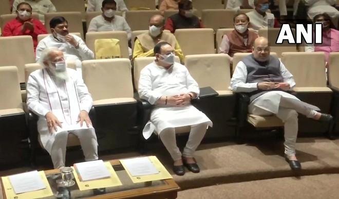 भाजपा संसदीय दल की बैठक में PM मोदी का विपक्ष पर हमला, बोले- संसद नहीं चलने देना लोकतंत्र और जनता का अपमान है