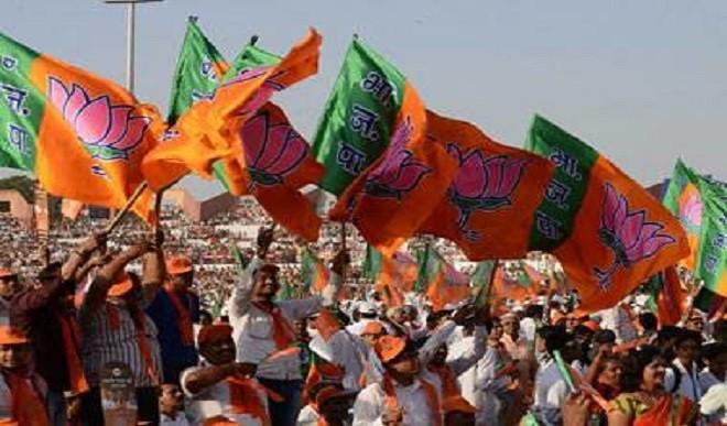 भाजपा का आरोप, असम पुलिस पर हमले के पीछे इस्लामी संगठन PFI का हो सकता है हाथ