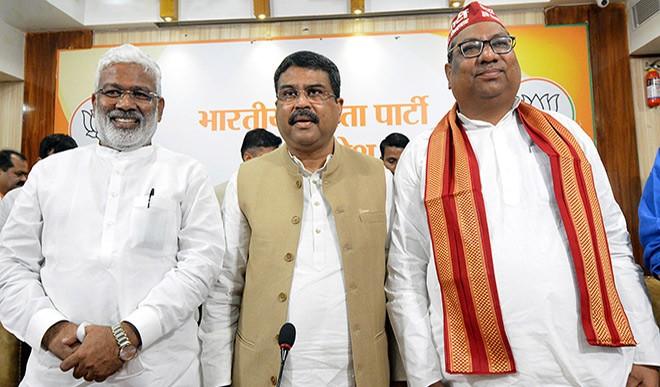यूपी में क्या है भाजपा की चुनावी तैयारी, कितना रहेगा ओवैसी फैक्टर, केजरीवाल का मुफ्त वाला दांव